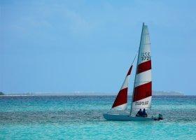 maledivy-hotel-kuredu-island-resort-245.jpg