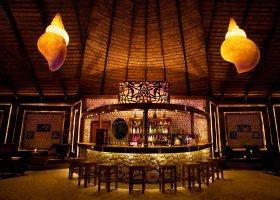 maledivy-hotel-kuredu-island-resort-252.jpg