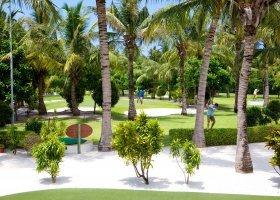 maledivy-hotel-kuredu-island-resort-254.jpeg