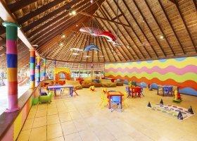maledivy-hotel-kuredu-island-resort-264.jpg
