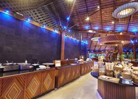 maledivy-hotel-kuredu-island-resort-spa-282.jpg