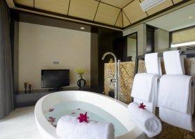 maledivy-hotel-lily-beach-resort-039.jpg