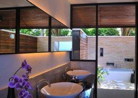 maledivy-hotel-lily-beach-resort-065.jpg