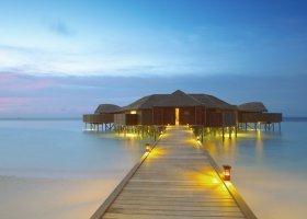 maledivy-hotel-lily-beach-resort-072.jpg