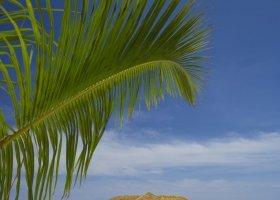maledivy-hotel-lily-beach-resort-076.jpg