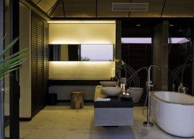 maledivy-hotel-lily-beach-resort-090.jpg