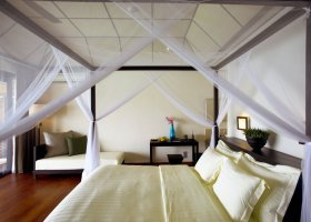 maledivy-hotel-lily-beach-resort-101.jpg