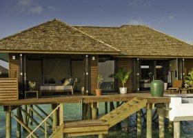 maledivy-hotel-lily-beach-resort-104.jpg