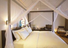 maledivy-hotel-lily-beach-resort-107.jpg