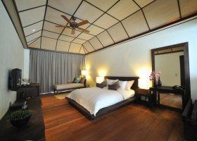 maledivy-hotel-lily-beach-resort-109.jpg
