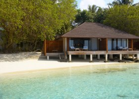maledivy-hotel-lily-beach-resort-114.jpg