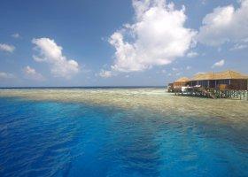 maledivy-hotel-lily-beach-resort-116.jpg