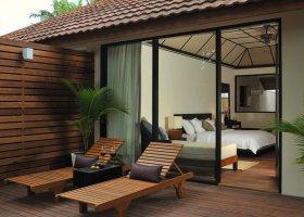 maledivy-hotel-lily-beach-resort-135.jpg