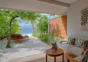maledivy-hotel-lily-beach-resort-236.jpg