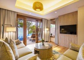 maledivy-hotel-lily-beach-resort-241.jpg