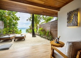 maledivy-hotel-lily-beach-resort-245.jpg