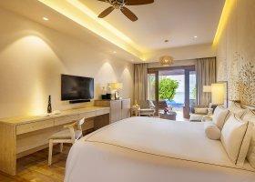 maledivy-hotel-lily-beach-resort-248.jpg