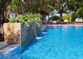 maledivy-hotel-lily-beach-resort-252.jpg