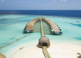 maledivy-hotel-lti-maafushivaru-maldives-035.jpg