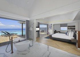 maledivy-hotel-lti-maafushivaru-maldives-039.jpg