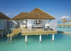 maledivy-hotel-lti-maafushivaru-maldives-040.jpg