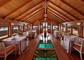 maledivy-hotel-milaidhoo-012.jpg