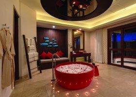 maledivy-hotel-oblu-sangeli-044.jpg
