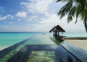 maledivy-hotel-one-only-reethi-rah-141.jpg