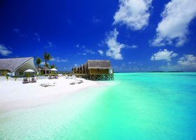 maledivy-hotel-ozen-by-atmosphere-at-maadhoo-216.jpg