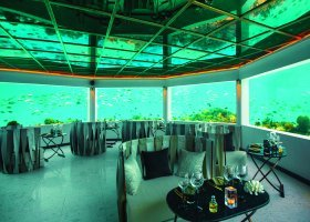 maledivy-hotel-ozen-by-atmosphere-at-maadhoo-231.jpg