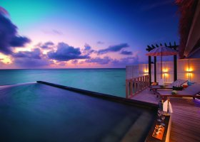 maledivy-hotel-ozen-by-atmosphere-at-maadhoo-247.jpg
