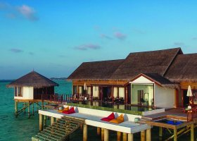 maledivy-hotel-ozen-by-atmosphere-at-maadhoo-265.jpg