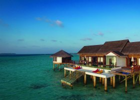 maledivy-hotel-ozen-by-atmosphere-at-maadhoo-266.jpg