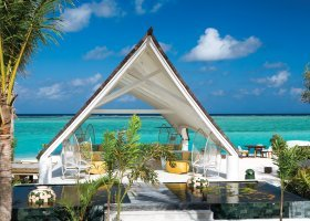 maledivy-hotel-ozen-by-atmosphere-at-maadhoo-340.jpg