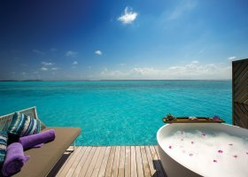 maledivy-hotel-ozen-by-atmosphere-at-maadhoo-341.jpg