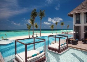 maledivy-hotel-ozen-by-atmosphere-at-maadhoo-345.jpg