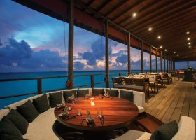 maledivy-hotel-ozen-by-atmosphere-at-maadhoo-346.jpg