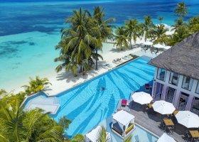 maledivy-hotel-ozen-by-atmosphere-at-maadhoo-395.jpg