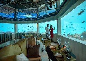 maledivy-hotel-ozen-by-atmosphere-at-maadhoo-398.jpg