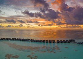 maledivy-hotel-ozen-by-atmosphere-at-maadhoo-404.jpg