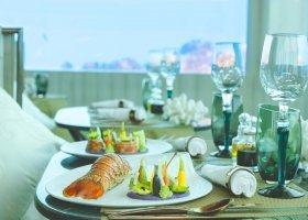 maledivy-hotel-ozen-life-maadhoo-441.jpg
