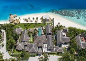 maledivy-hotel-ozen-reserve-bolifushi-031.jpg