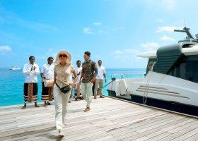 maledivy-hotel-ozen-reserve-bolifushi-055.jpg