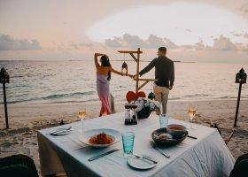 maledivy-hotel-ozen-reserve-bolifushi-059.jpg
