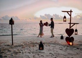 maledivy-hotel-ozen-reserve-bolifushi-060.jpg