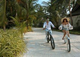 maledivy-hotel-ozen-reserve-bolifushi-067.jpg