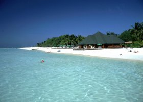 maledivy-hotel-paradise-island-resort-004.jpg