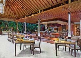 maledivy-hotel-park-hyatt-maldives-hadahaa-040.jpg