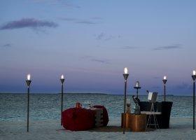 maledivy-hotel-park-hyatt-maldives-hadahaa-077.jpg