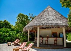 maledivy-hotel-reethi-faru-resort-007.jpg